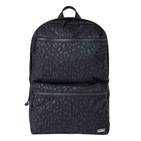 CHALLENGER SUITABLE POCKETS BACKPACK