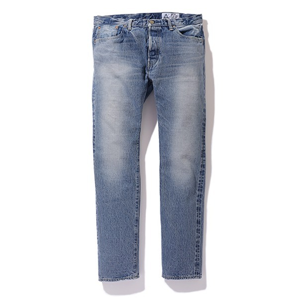 CHALLENGER WASHED NARROW DENIM PANTS