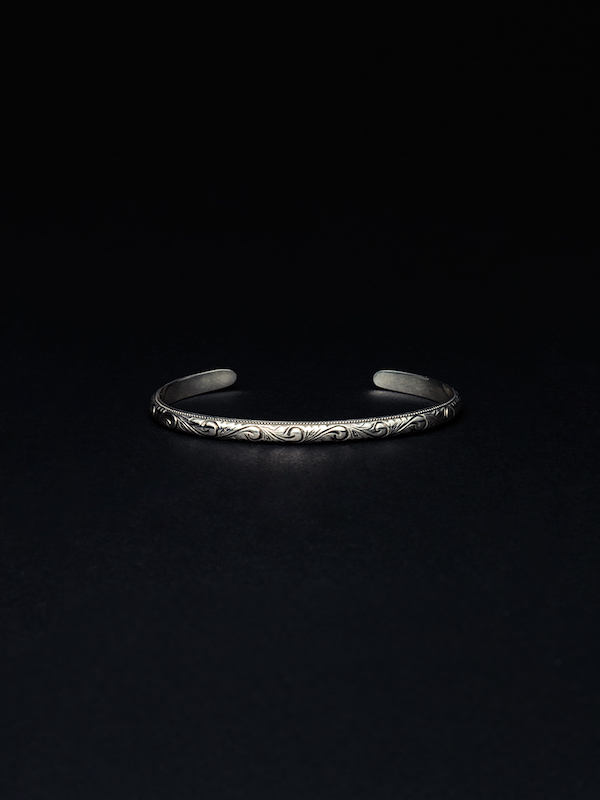 ANTIDOTE BUYERS CLUB Engraved Narrow Bangle