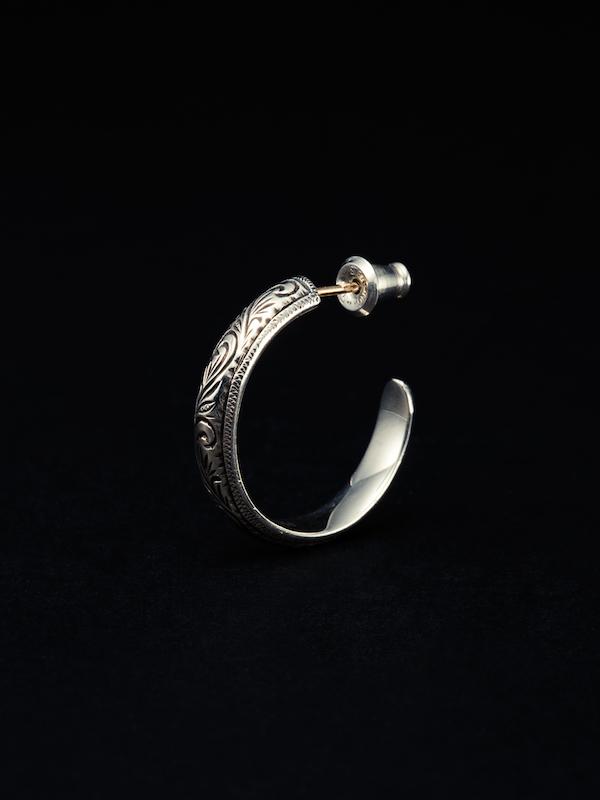 ANTIDOTE BUYERS Engraved Hoop Earring (Single)